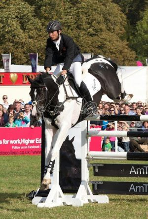 Commander 1.55m Amtrust High Jump at Blenheim, UK3.jpg